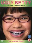 Ugly Betty: sæson 1